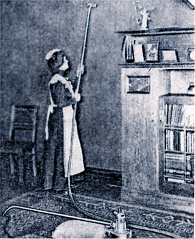 Picture Of The Dedusting Pump Vacuum Cleaner 1906